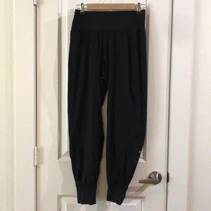 Lululemon Cropped Foldover Waist Harem Pants 6